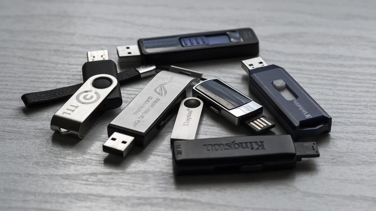 USBメモリは長期保管(保存)には向かない